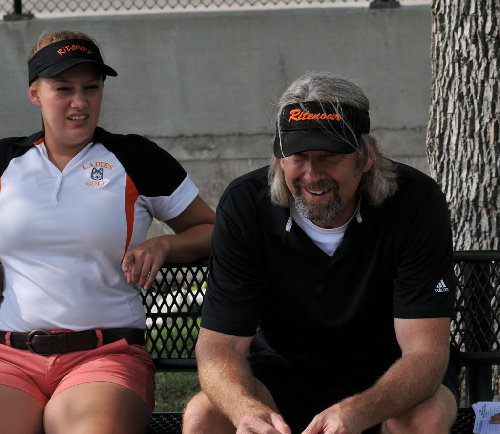 Girls golf 050