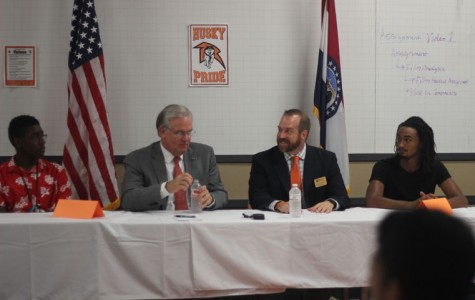 Governor comes to Ritenour High School