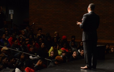 Dr. Perry challenges St. Louis students to be change agents