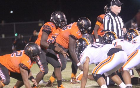 Huskies Move to 4-0 with 29-26 Victory over Webster Groves