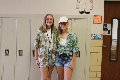 Spirit Week: Tourist Day 10/1